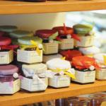Ausgewählte Delikatessen für Präsentkörbe von Feine Kost