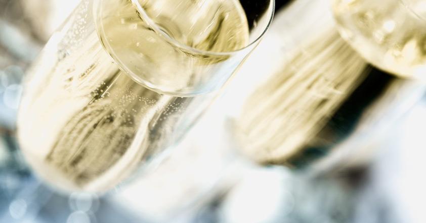 Dekt und Champagner bei Feine >Kost